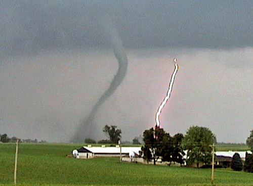 tornado 10 Tornado Myths Debunked