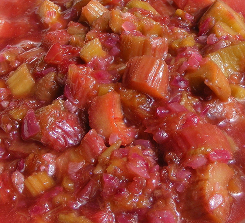 rhubarb compote 10 Poisonous Fruit & Veg That We Actually Eat Every Day